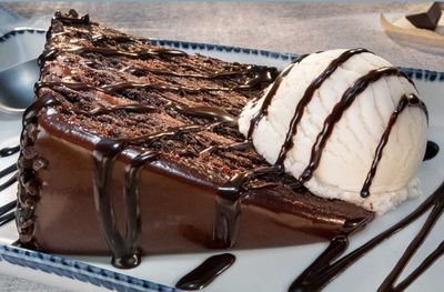 Free Chocolate Wave Cake with $40+ Online Purchase Using New Red Lobster Promo Code