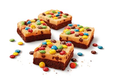 Select Little Caesars are Running a Market Test on a New Cookie & Brownie Inspired Dessert