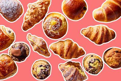 Starbucks Rewards Members Will Receive a Free Bakery Item Through to January 28