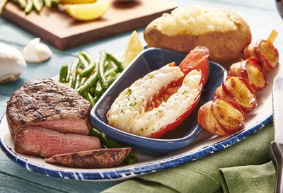 New Bacon-Wrapped Jumbo Sea Scallops Make their Red Lobster Debut