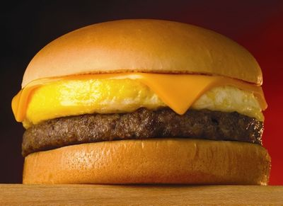 App-Users Can Buy 1 Breakfast On A Bun and Get 1 for Free at Whataburger for a Limited Time