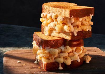 The New Creamy and Crispy Mac & Cheese Sandwich Debuts at Panera Bread